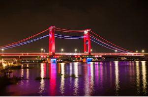 Asal Usul dan Cerita Dibalik Kokohnya Jembatan Ampera