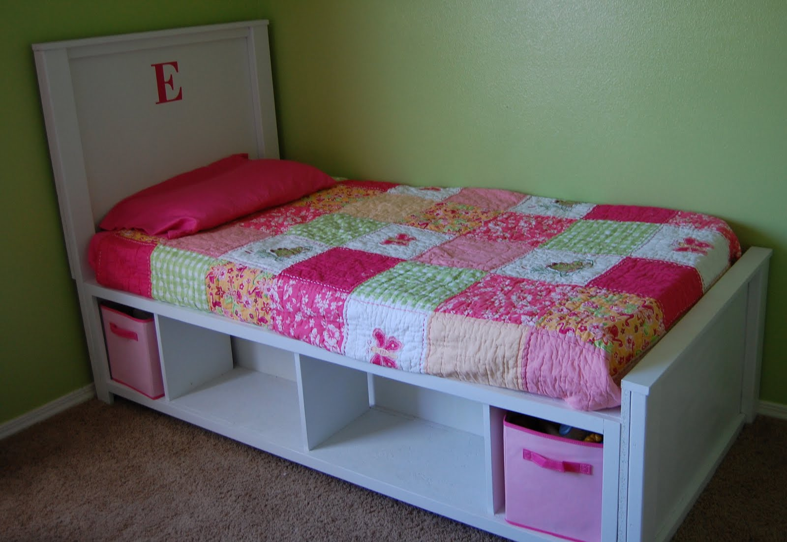 Small And Simple Twin Storage Bed