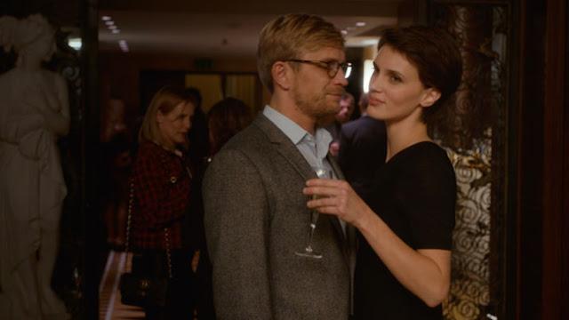 Paul (Jérémie Renier) et Chloé (Marine Vacth) dans L'amant double