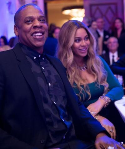 Pregnant Beyonce glows on date night with Jay Z (photos)