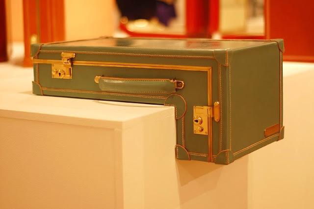 unusual suitcases