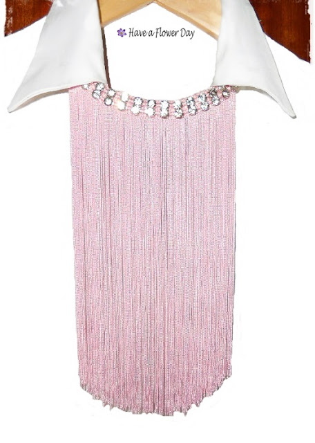 Collares flecos rosa · Pink fringe necklaces