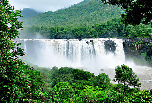 Athirappilly Falls - Thrissur - www.touristplacesinkerala.tk