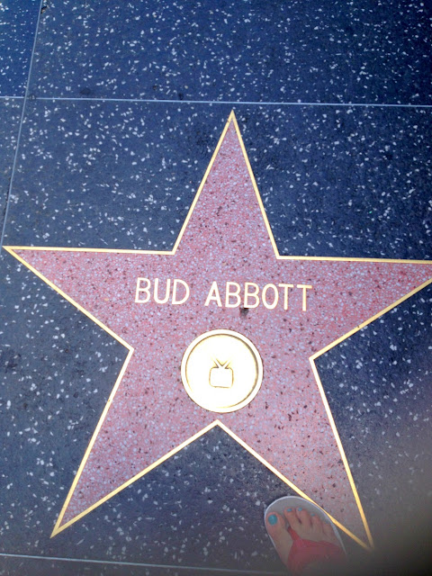 walkoffame, hollywood, hollywoodblvd, travel, fashion, fashionblogger, outfitguide