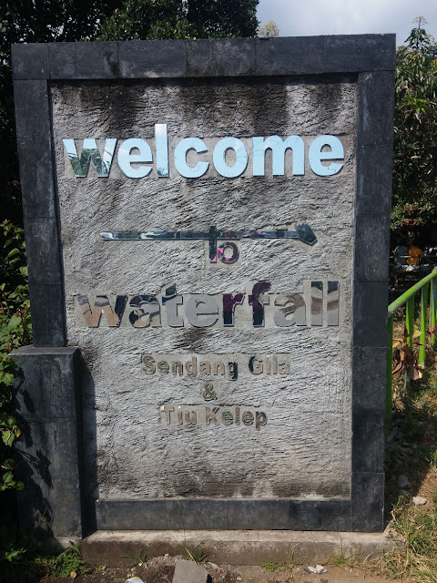 Sendang Gile dan Air Terjun Tiu Kelep Terletak di Desa Senaru Air Terjun Sendang Gile dan Tiu Kelep Lombok