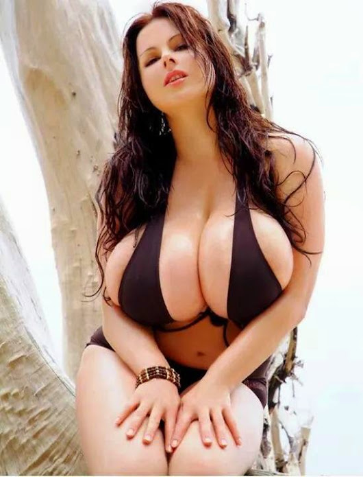 Perfect Huge Tits Pics