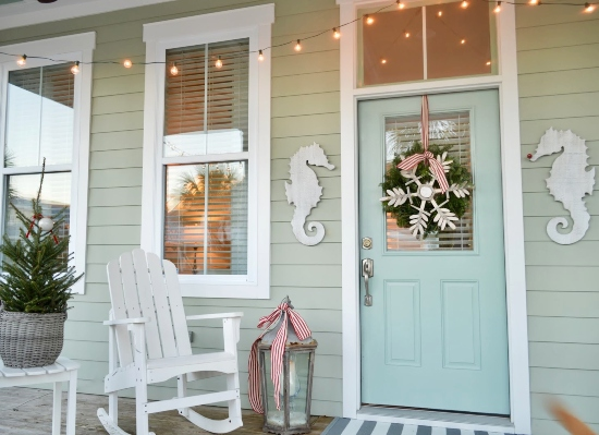 Beach Cottage Christmas Porch Decor