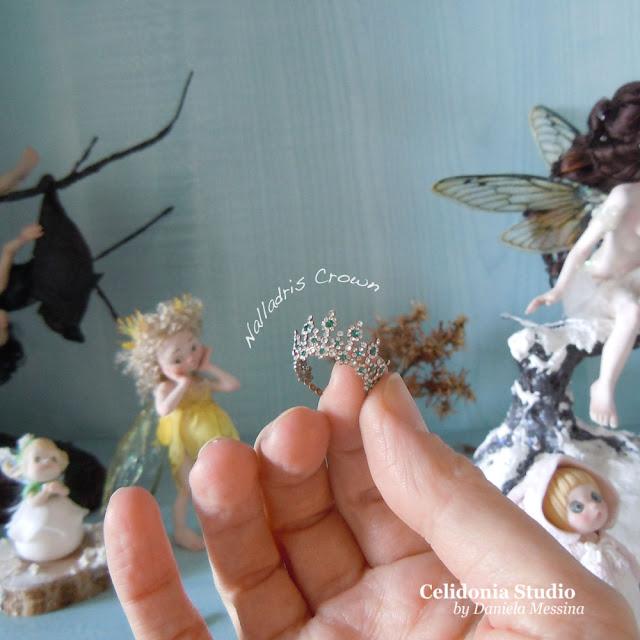 Miniature Crown by Nalladris