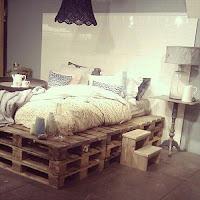 cama doble alta con palets