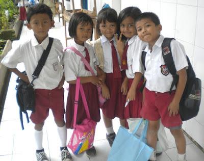 Menteri Pendidikan Tetap Ngotot Ajukan Bersekolah 5 Hari