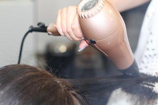 Secado de cabello con secador