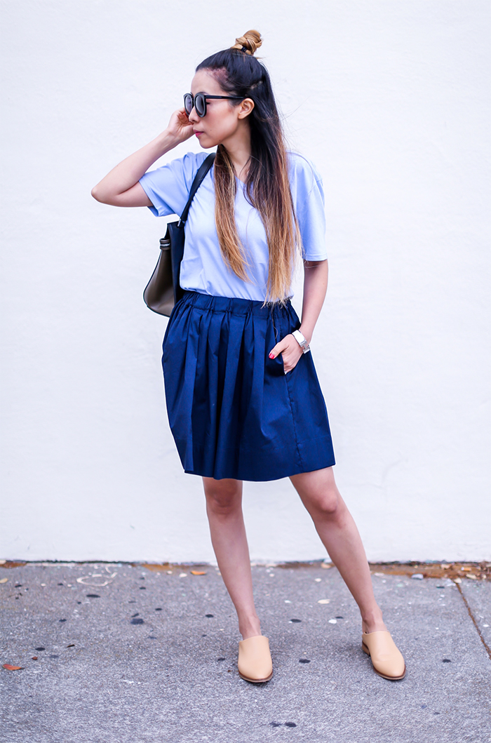 Everlane cotton Vneck tee, everlane skirt, everlane babo, slide shoes, karen walker super duper sunglasses, celine edge bag, summer style, back to school essential, back to school outfit, san francisco street style