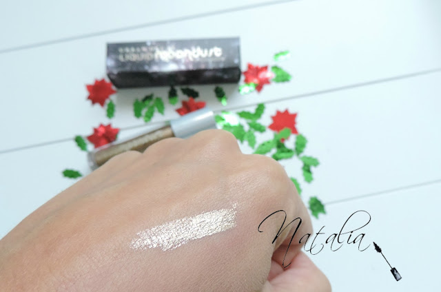 Liquid-Moondust-Eyeshadow-Urban-Decay