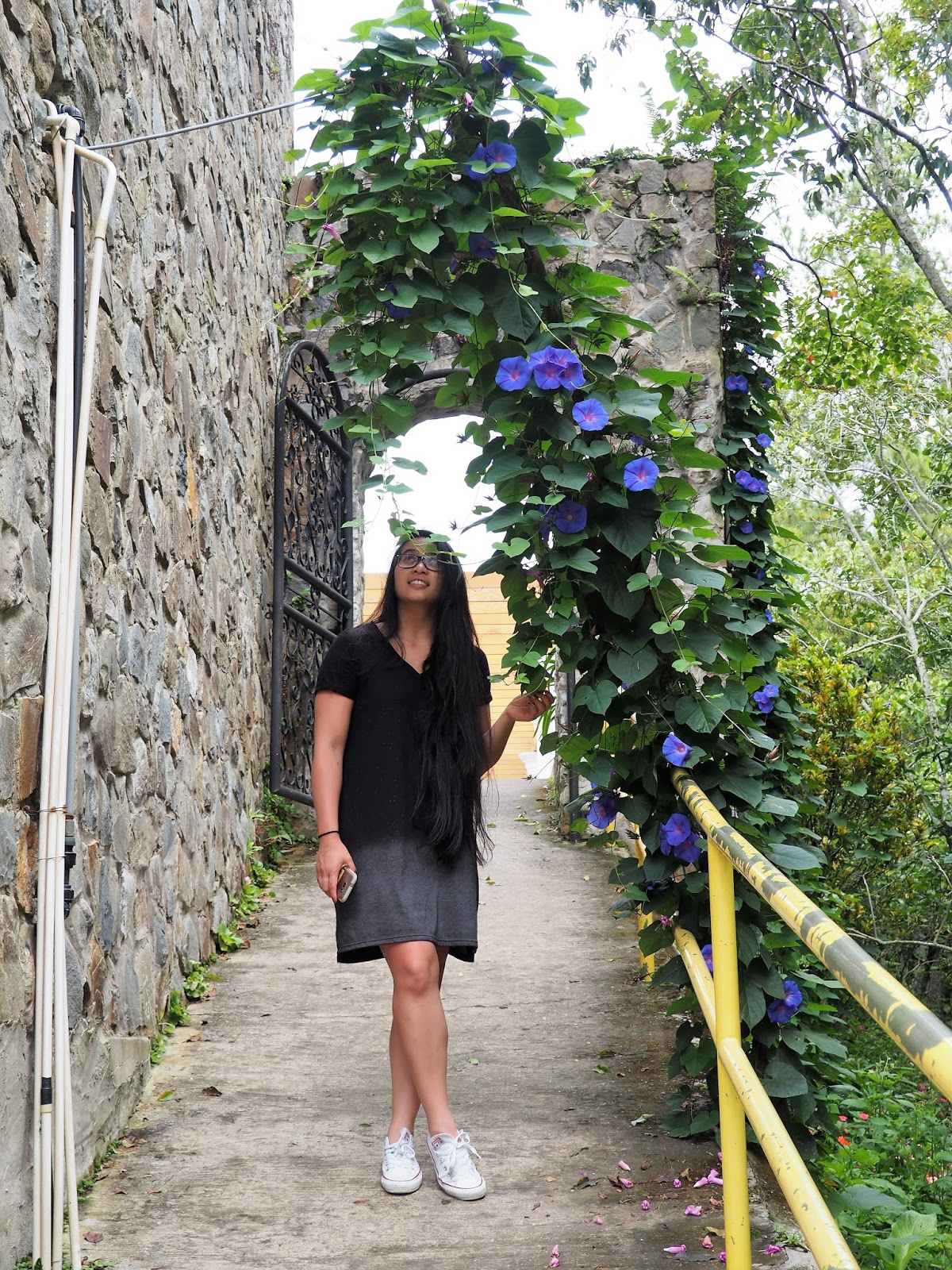 Malaysia black ootd outfit dress