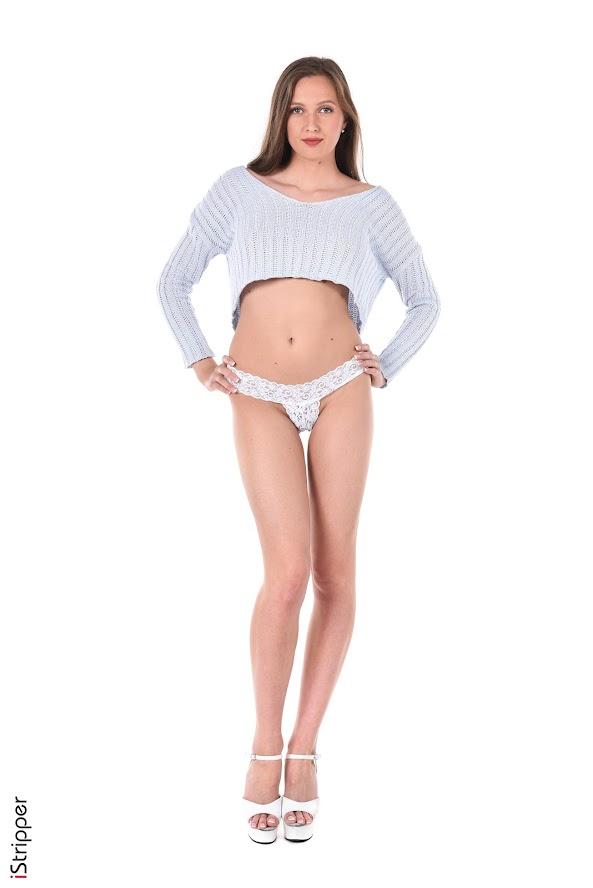 [iStripper] Stacy Cruz - Sexy Shorty