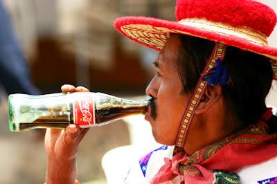 La Coca-colonización (hasta en el ditzionario)