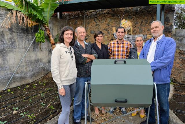 El Consorcio repartirá este curso una decena de composteras en centros educativos de la Isla