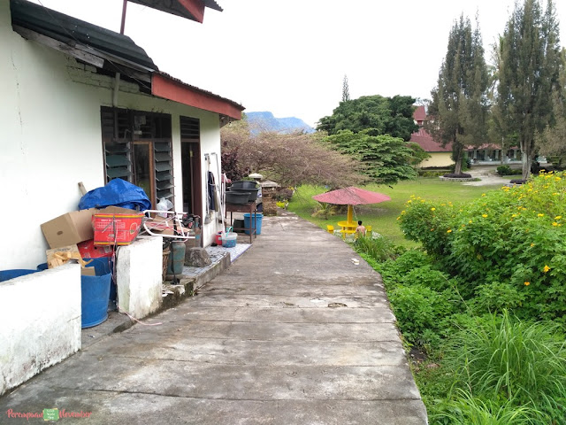 romlan guest house samosir