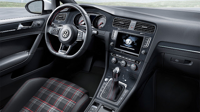 All-New Volkswagen Golf GTI dash
