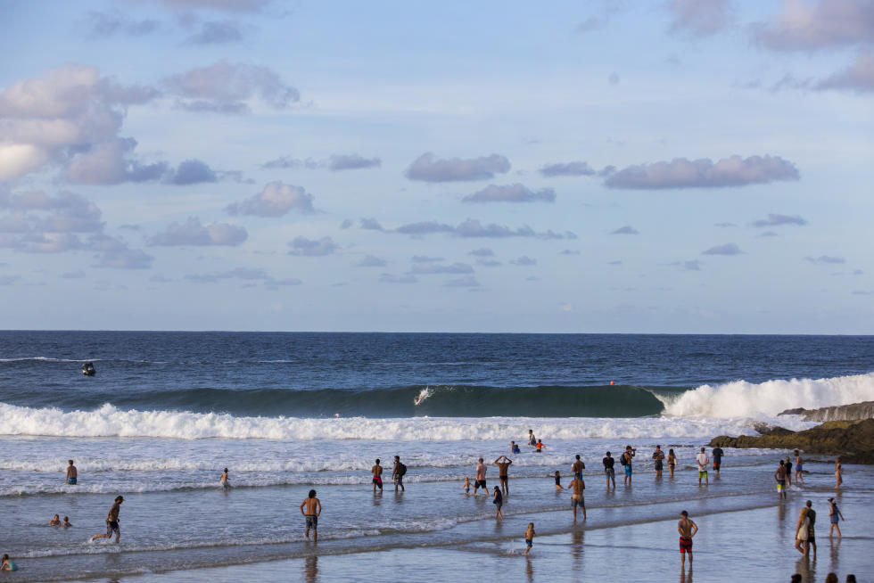10 Lineup 2016 Quiksilver Pro Gold Coast Fotos WSL Kelly Cestari
