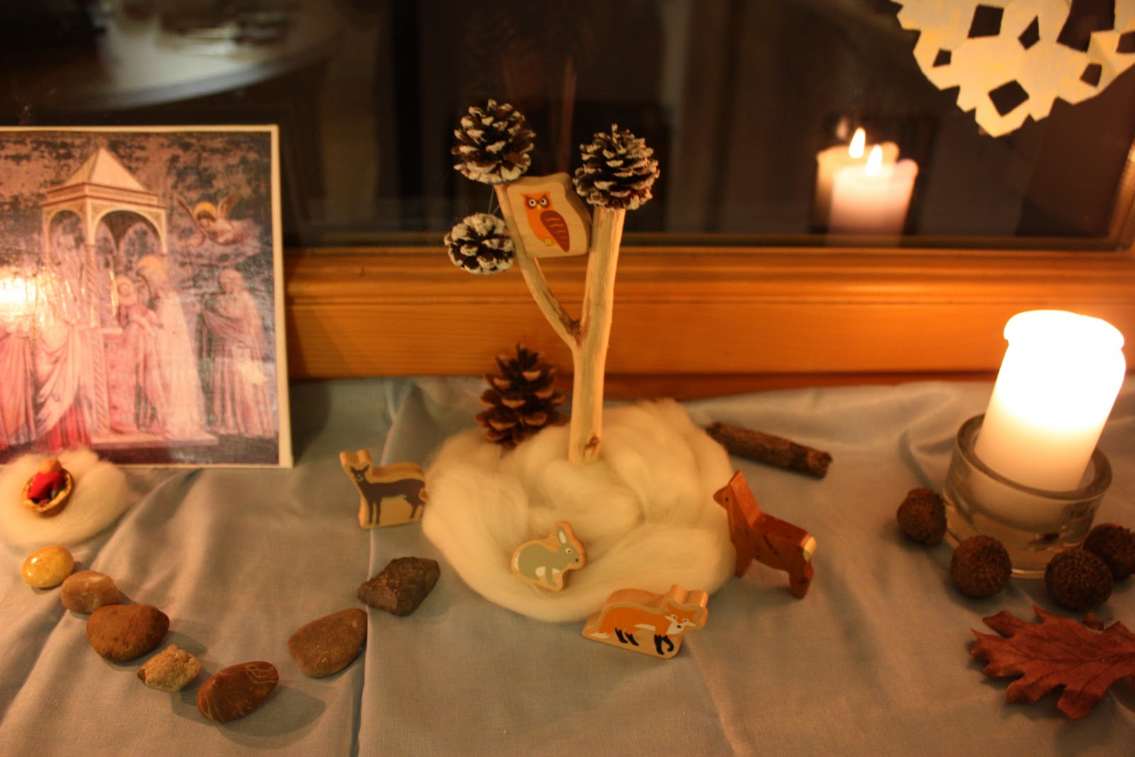 Winter nature table - Our Christ Candle Is Surrounded By Acorns That We Found On Our Recent Trip To Georgia A Type Of Acorn That We Haven T Seen Here Where Winter Looks And