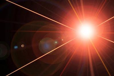 """Creata nuova forma di luce: fotoni che """"parlano"""" tra loro"""