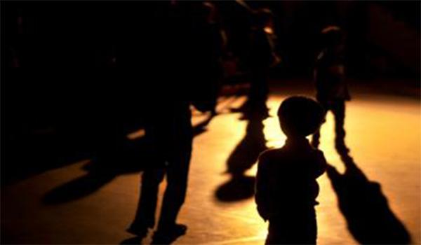 سوء المعـــاملة الوالديــــة والخـــواف المدرســـــــــي  pdf