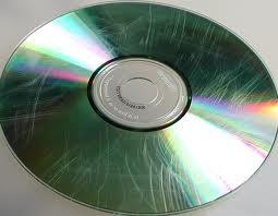 Resultado de imagem para discos de dvd riscados