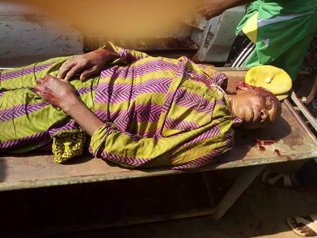 Graphic Photos: Armed robbers storm Diamond Bank in Okija, Anambra, kill school bus driver