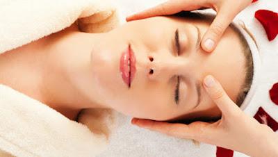 facial-massage خطوات مساج الوجه لتجنب ظهور التجاعيد