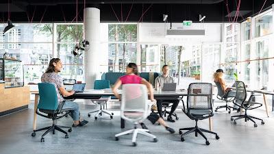wah-ternyata-ada-kursi-kantor-yang-otomatis-beradaptasi-dengan-penggunanya