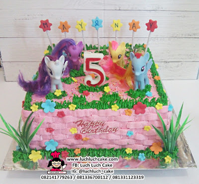 Kue Buttercream My Little Pony Rainbow Dash