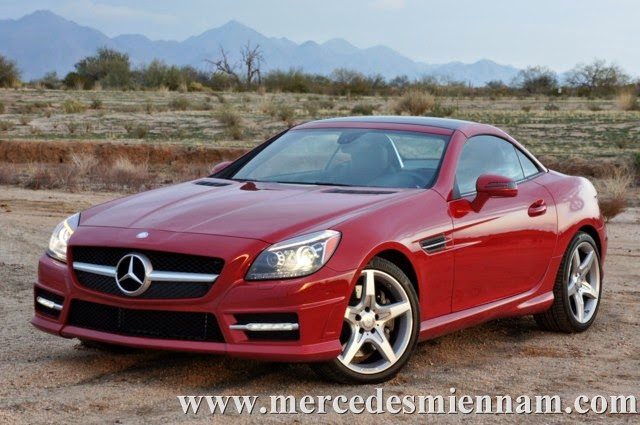Xe Mercedes Benz SLK 350 AMG màu đỏ 03