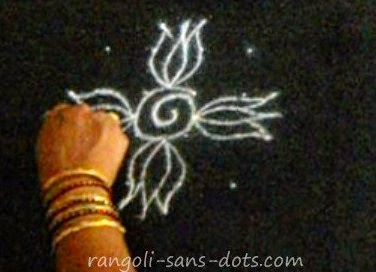 easy-kolam-step-2.jpg