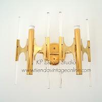 Comprar lámparas exclusivas de autor. apliques de lágrimas de cristal de latón. tienda de lámparas de diseñadores conocidos.