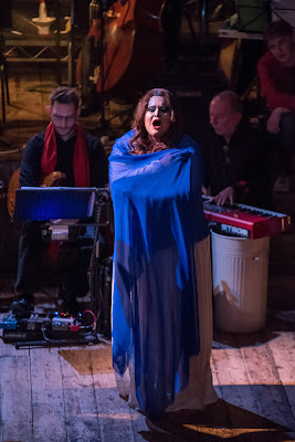 King Arthur - Peter Wiegold, Notes Inégales - Spitalfields Festival - photo James Berry