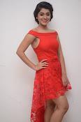 Yamini bhaskar new glam pics-thumbnail-14