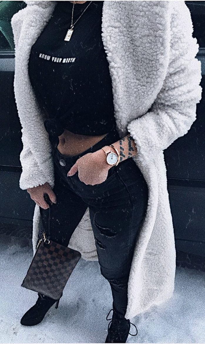 winter street style / white coat + top + black rips + bag + boots