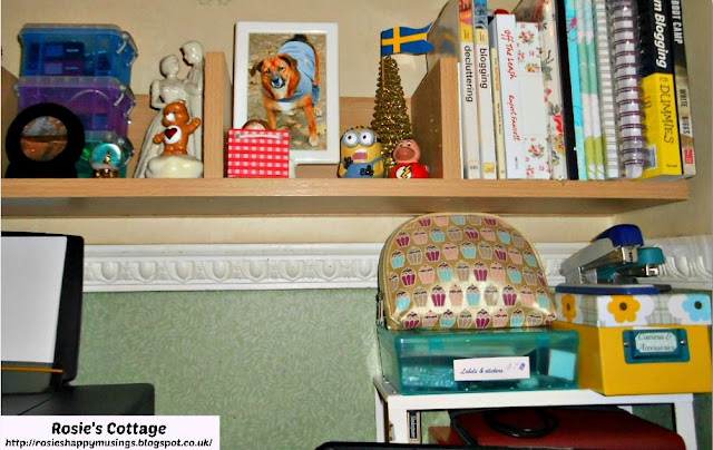Organizing A Home Office In A Tiny Space