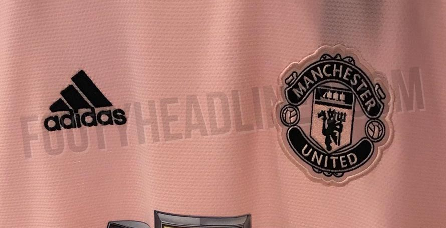 official photos 654f7 6252c Pink Manchester United 18-19 Away Kit Leaked | Futbolgrid