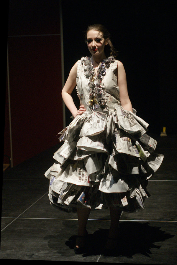 Thebigfront: Newspaper Dresses Make Headlines