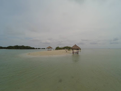 foto virgin beach di pulau pari kepulauan seribu