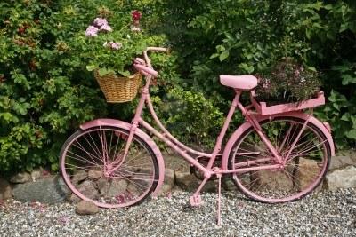 Bicicletas viejas para decorar jardines terrazas y - Bicicleta macetero ...