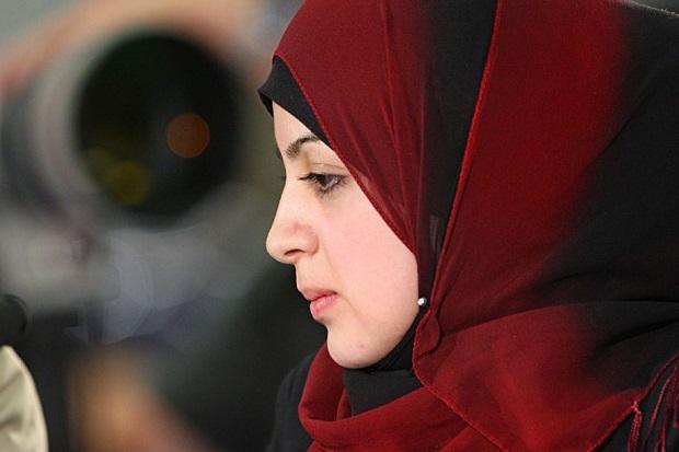 Mitos Perempuan dilangkahi jadi sulit Jodoh