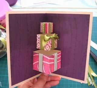 http://www.usefuldiy.com/es/diy-simple-3d-gift-card/