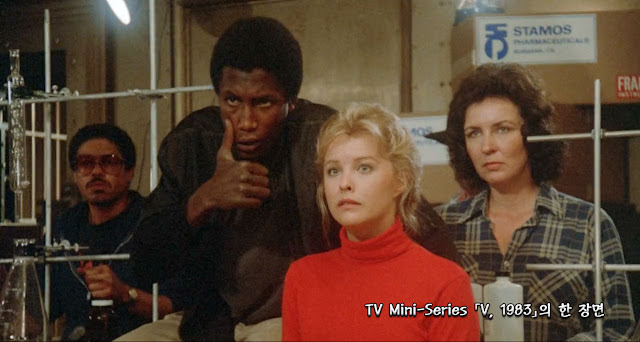V-1983- TV-Mini-Series-movie-scene