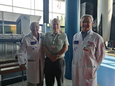 Sukarelawan Dahsyat di US Space and Rocket Center