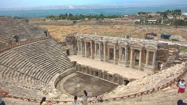 Pamukkale Hierapolis Anfitiyatro