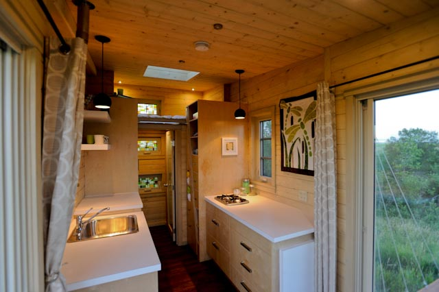 TINY HOUSE TOWN: The Dragonfly Tiny House on tiny house sketch up, tiny house fad, tiny house blueprints, tiny house 3d model,