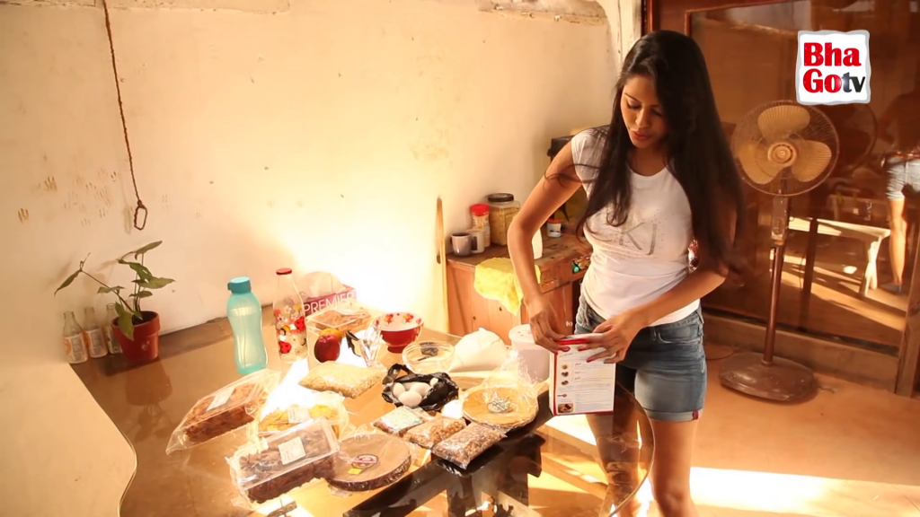,  Bhairavi Goswami Cooking TV show Hot Screen Caps